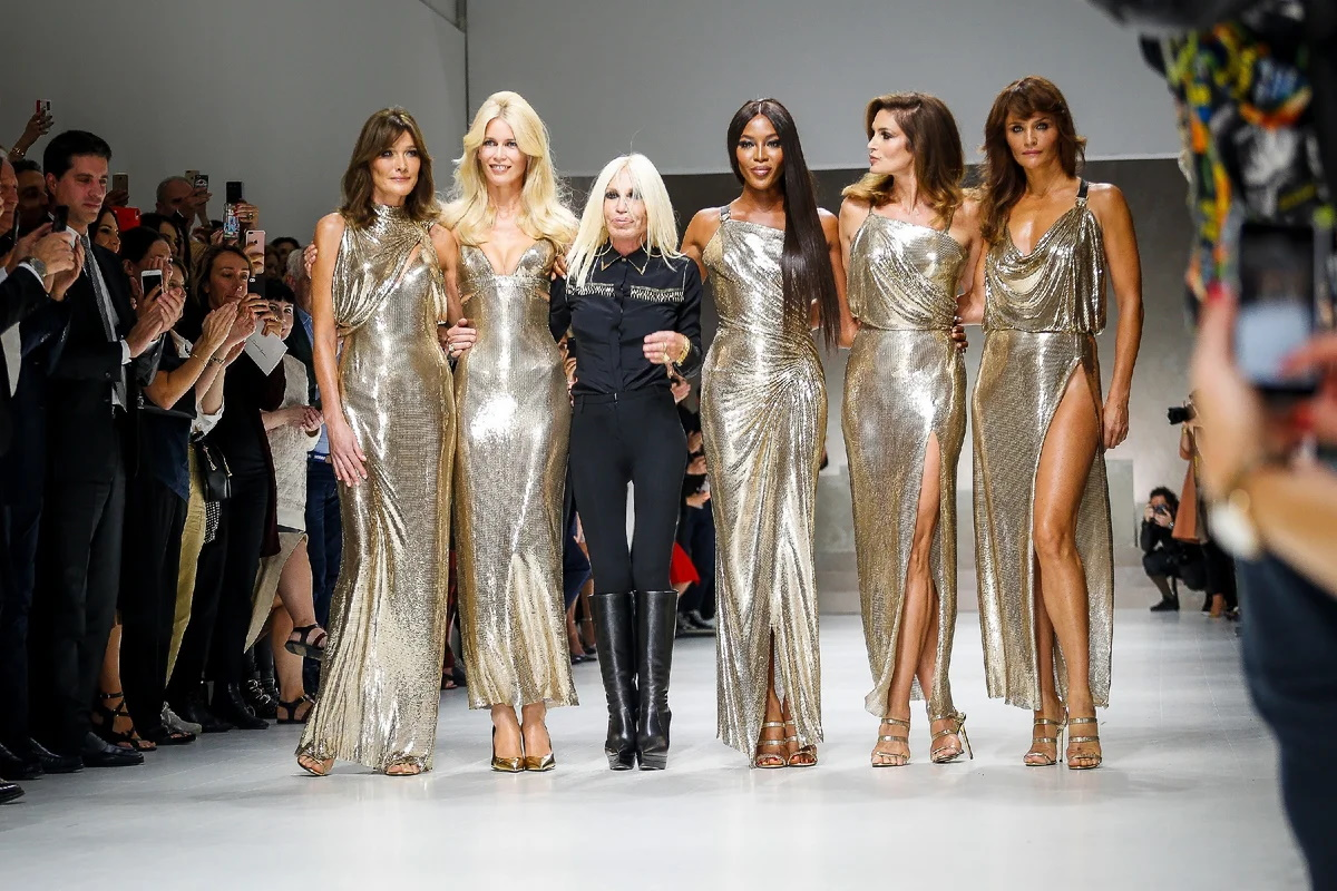 Донателла Версаче продолжает историю модного дома